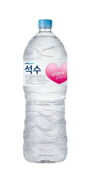 하이트진로음료 '#덕분에' 석수PET (2L) / 사진=하이트진료음료